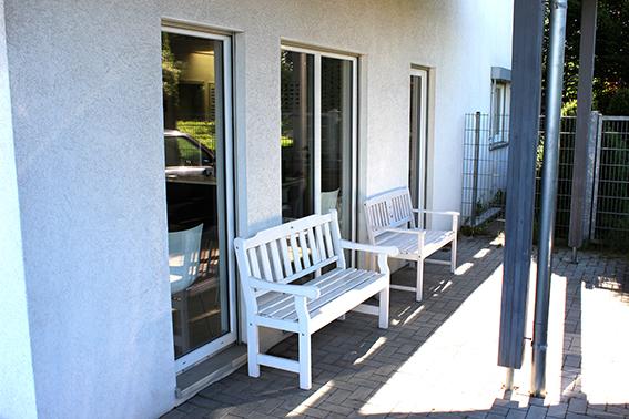 Wartebereich außen